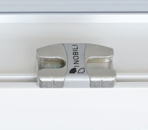 Incontro antiefferazione inferiore telaio logo i nobili